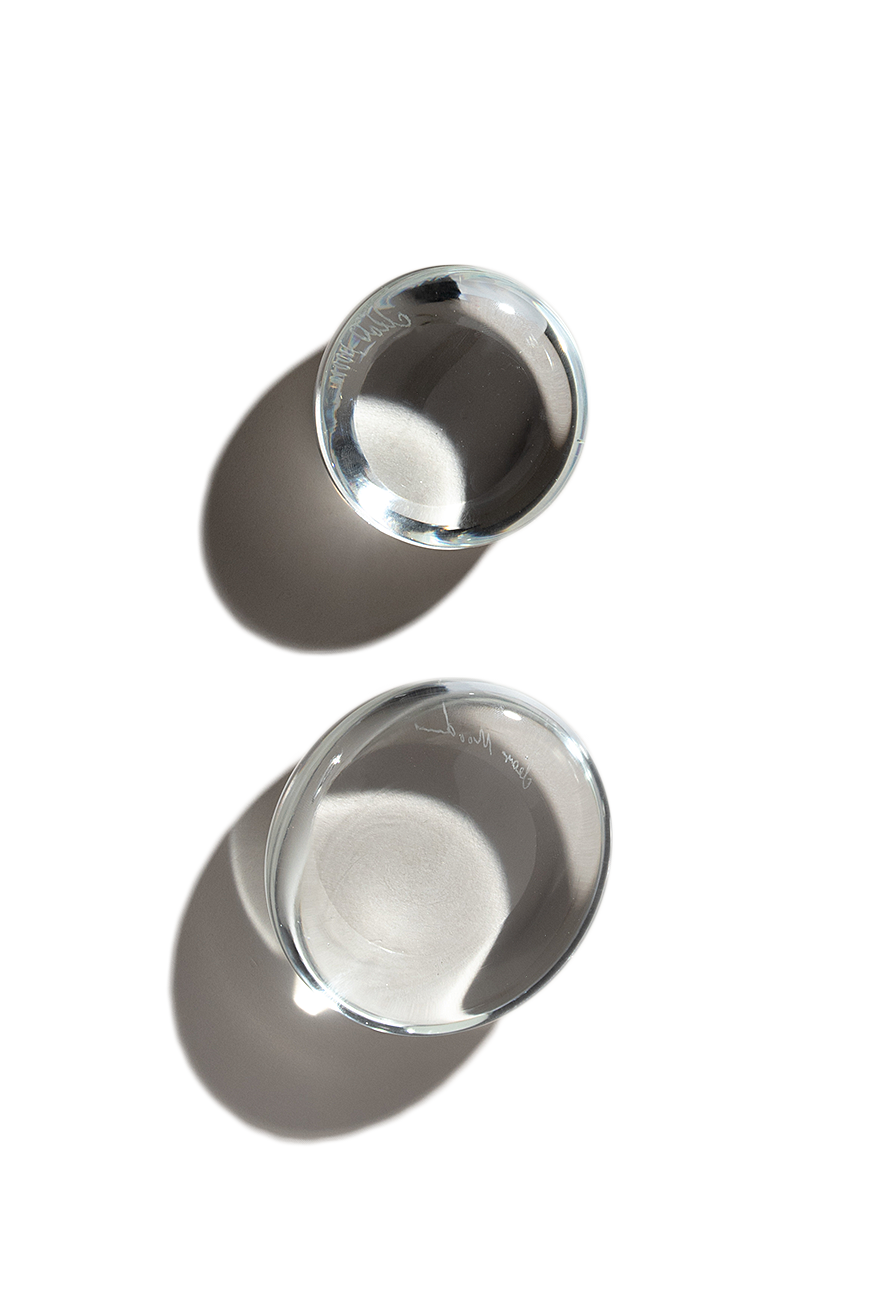 Pebble paperweight - Clear